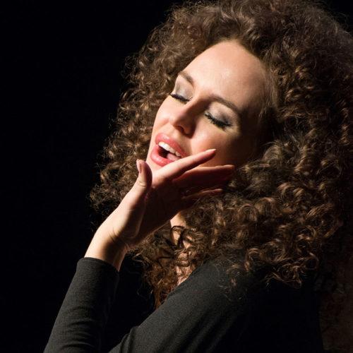 Моноспектакль-концерт о жизни великой Эдит ПИАФ «Жизнь в розовом цвете — La vie en rose — Женщина в любви»